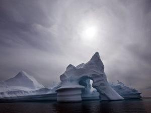 Россия будет развивать свои станции и сезонные базы в Антарктике