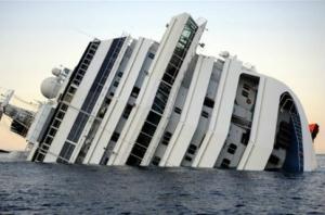 В районе крушения «Costa Concordia» назревает экологическая катастрофа